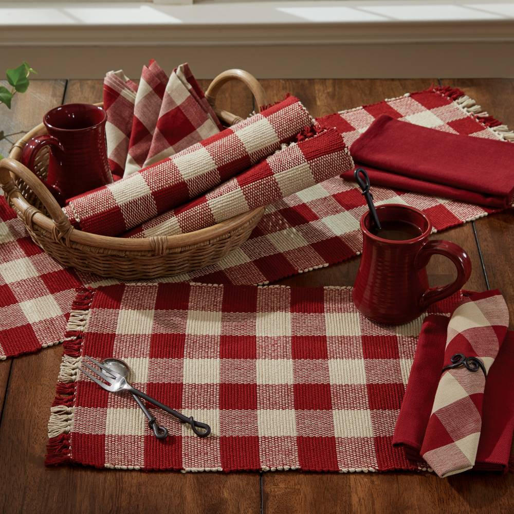 farmhouse country kitchen wicklow barn red table runner 54. Black Bedroom Furniture Sets. Home Design Ideas